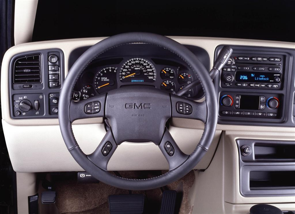 2002 GMC Yukon Pictures History Value Research News