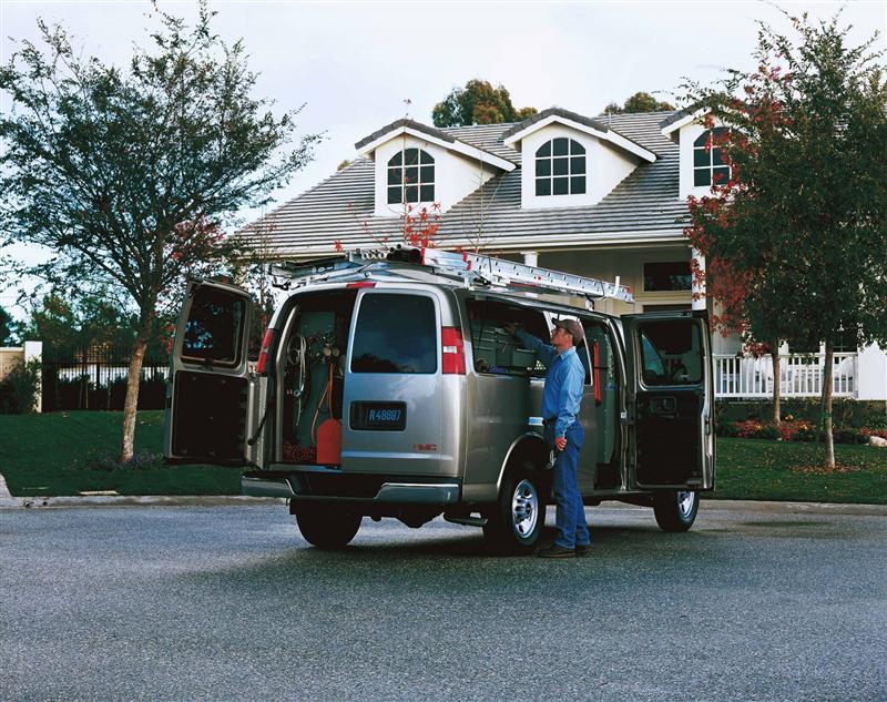 2003 GMC Savana Image