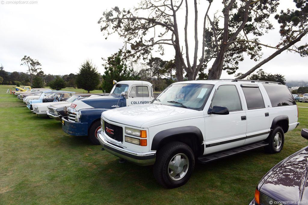 1997 GMC Suburban pictures and wallpaper