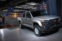 2004 GMC Canyon image.