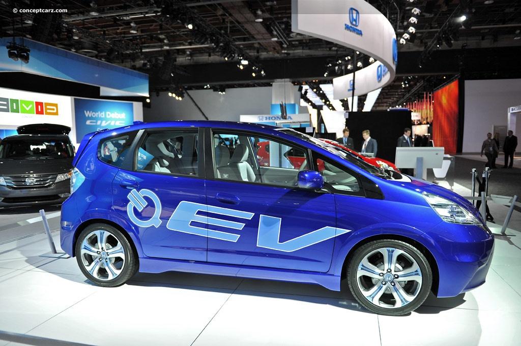 2011 honda fit ev concept electric vehicle image for Honda fit electric