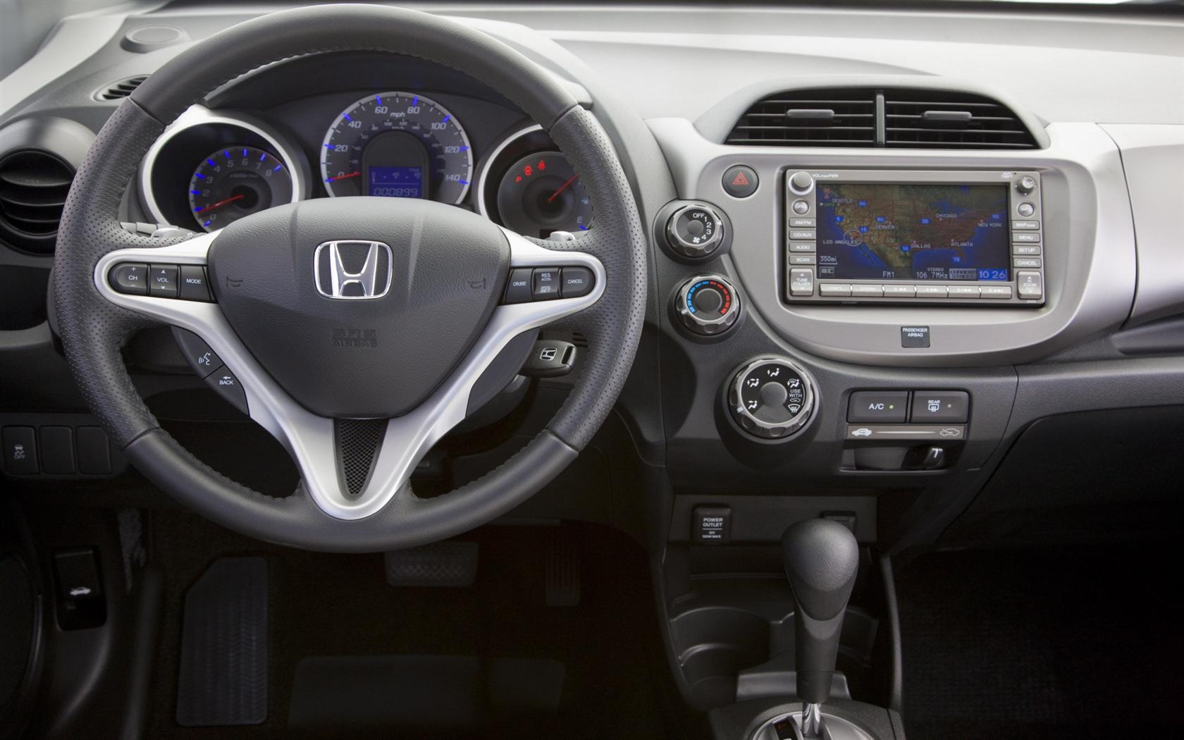 Хонда фит 2010 фото