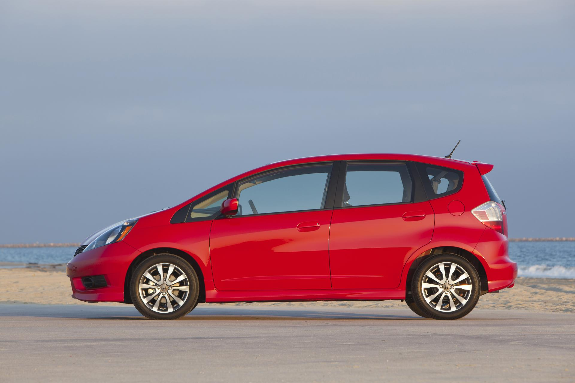 2012 honda fit technical specifications and data engine dimensions and mechanical details. Black Bedroom Furniture Sets. Home Design Ideas