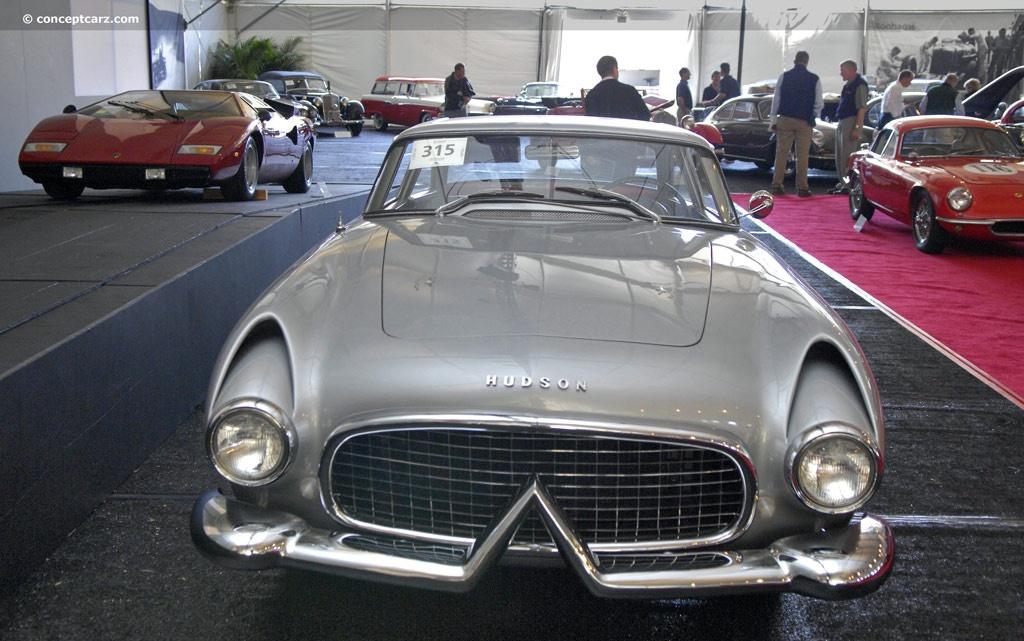 54-Hudson_Italia-Coupe-DV-08-BA_02.jpg
