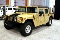 2004 Hummer H1 image.