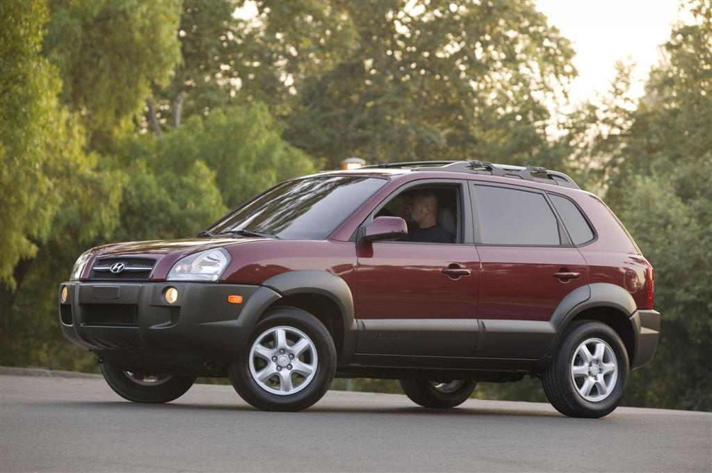 2005 Hyundai Tucson Pictures History Value Research News
