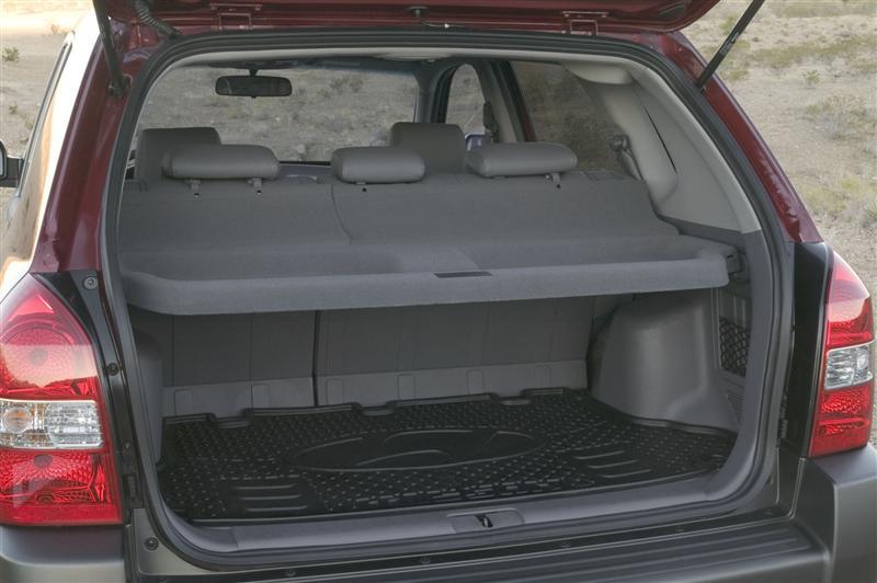 2005 Hyundai Tucson Image