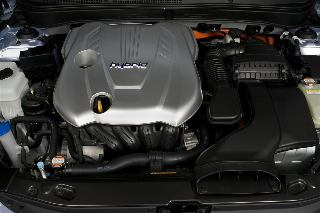 2011 Hyundai Sonata Hybrid Image