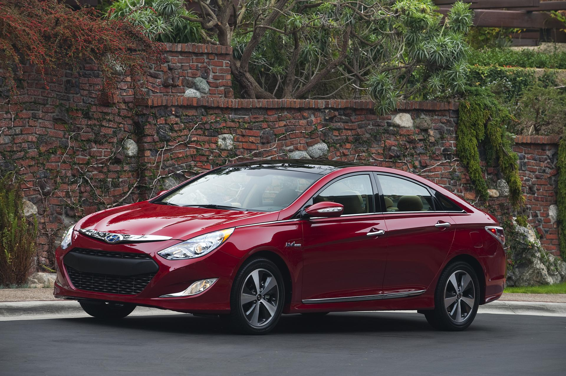 2012 Hyundai Sonata Hybrid Image