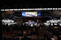 2012 Hyundai Genesis image.