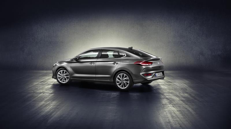 2017 Hyundai i30 Fastback Image