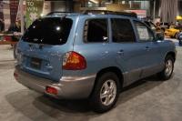 2004 Hyundai Santa Fe image.