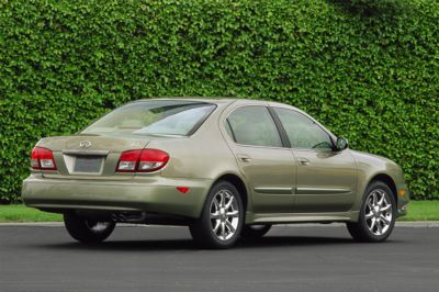 2004 Infiniti I35 pictures and wallpaper
