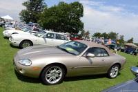 2002 Jaguar XK8 image.