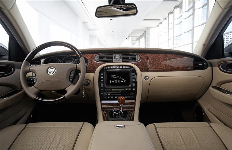 2009 Jaguar XJ Image