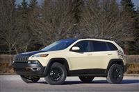 2015 Jeep Cherokee Canyon Trail Concept image.