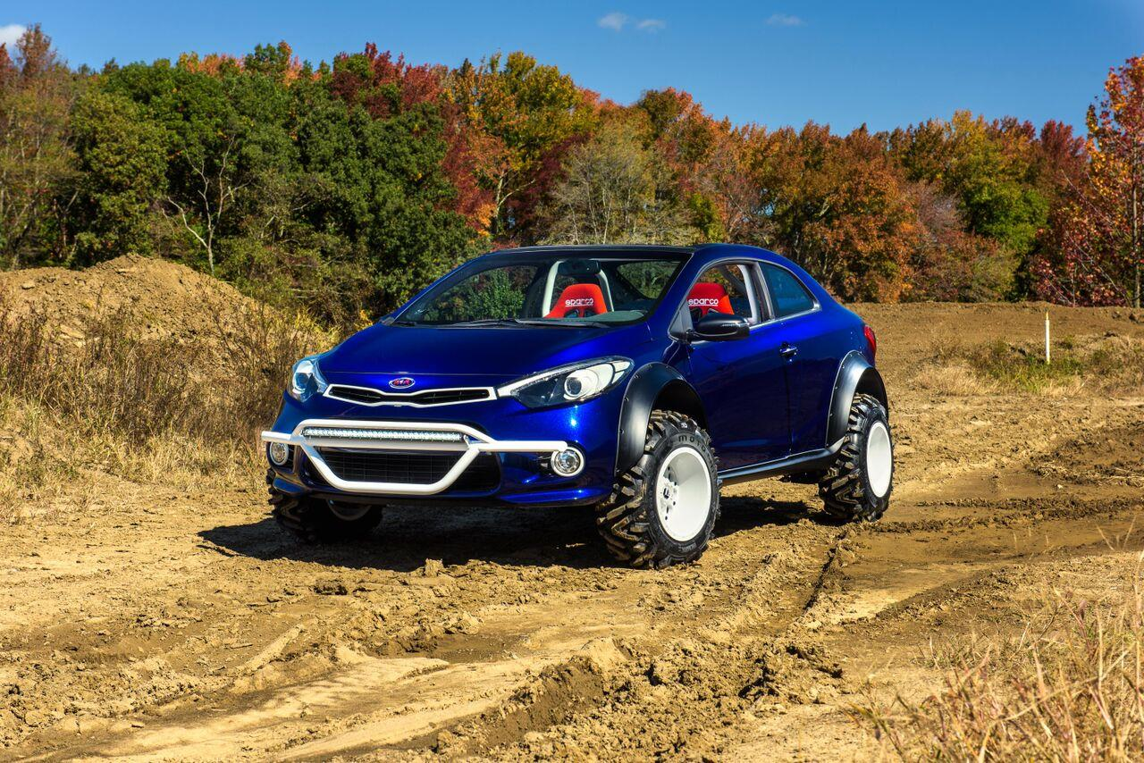 Kia Forte Koup Mud Bogger pictures and wallpaper