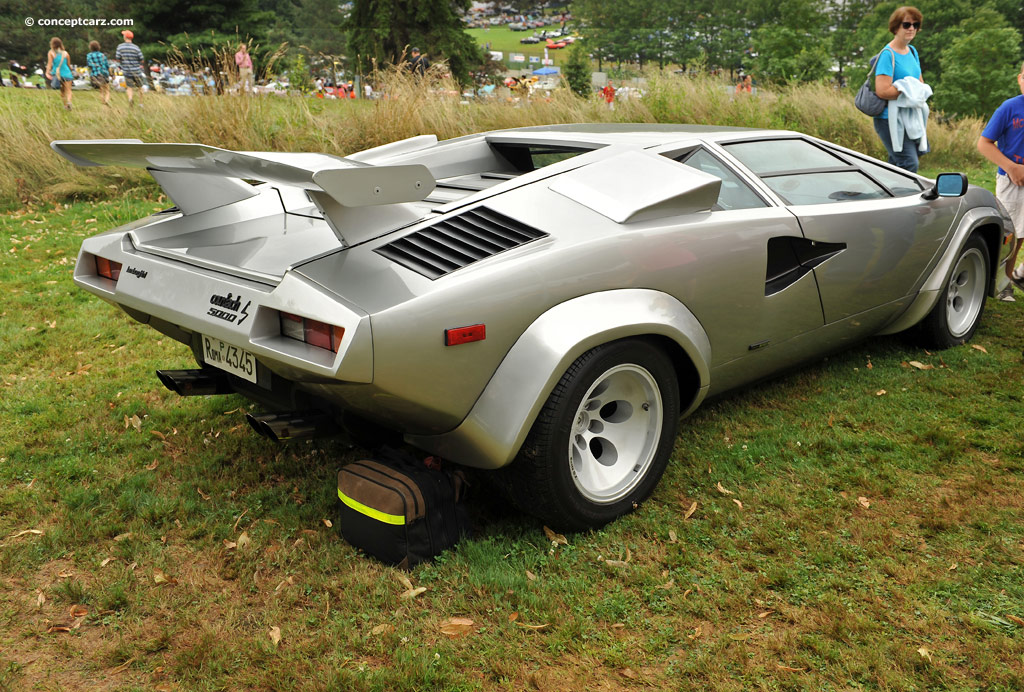 1982 lamborghini countach lp 500 at the pittsburgh vintage grand prix. Black Bedroom Furniture Sets. Home Design Ideas
