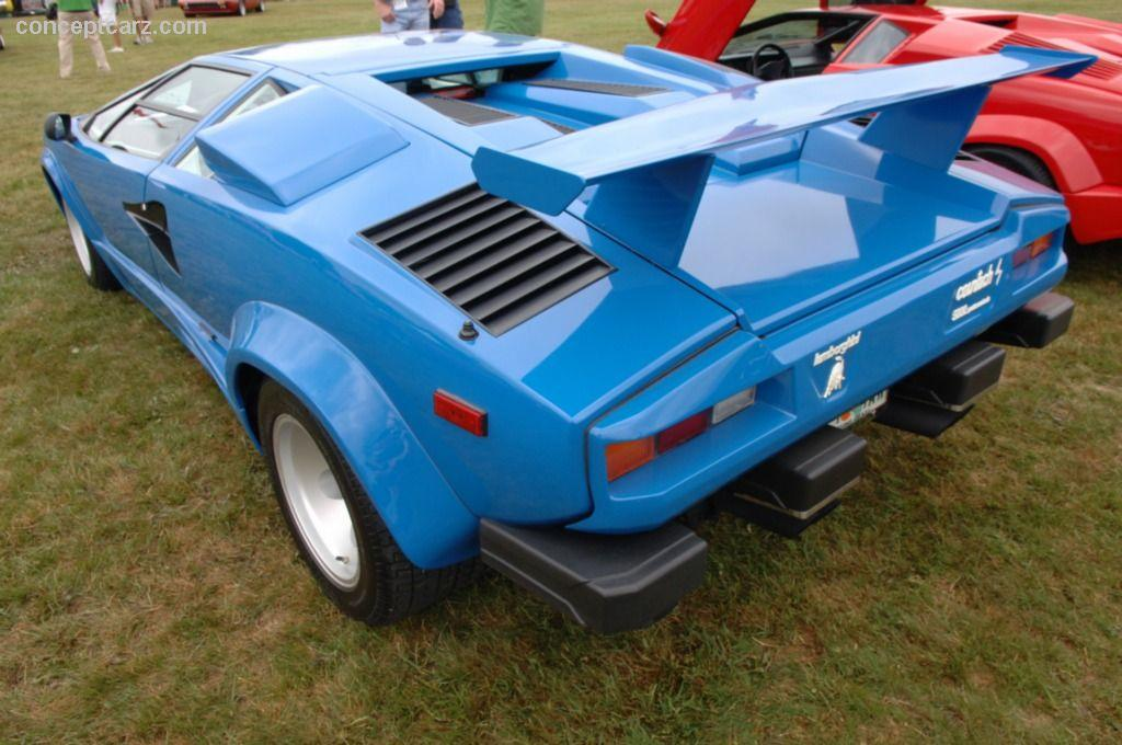 1988 lamborghini countach 5000 quattrovalvole at the le belle macchine d 39 italia. Black Bedroom Furniture Sets. Home Design Ideas