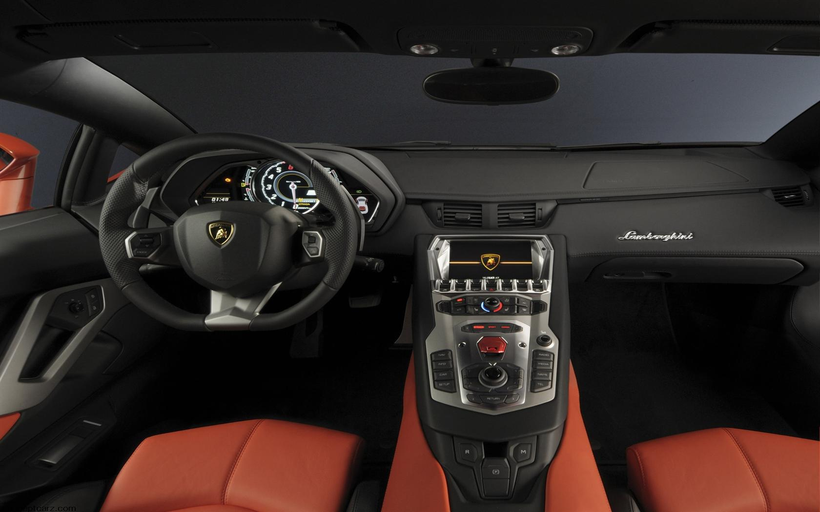 2012 Lamborghini Aventador LP 700-4 Desktop Wallpaper and ...