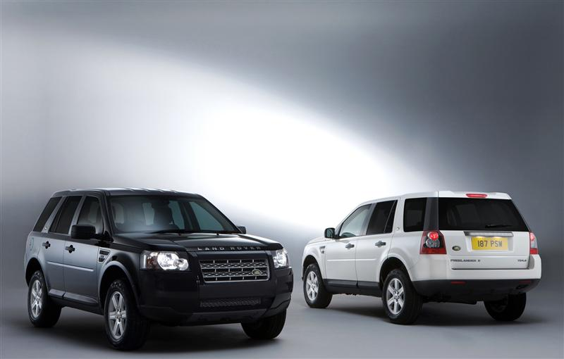 2010 Land Rover Freelander 2 White & Black Edition pictures and wallpaper