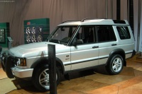 2003 Land Rover Discovery image.