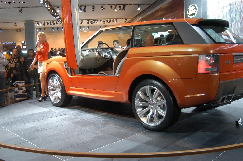 2004 Land Rover Range Stormer Concept Image