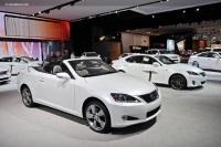 2011 Lexus IS 250C image.