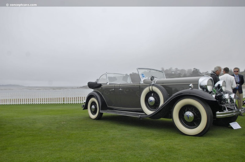 1932 Lincoln Model KB at the 58th Annual Pebble Beach