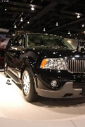 2004 Lincoln Navigator pictures and wallpaper