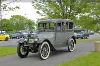 1914 Locomobile Model 38 image.