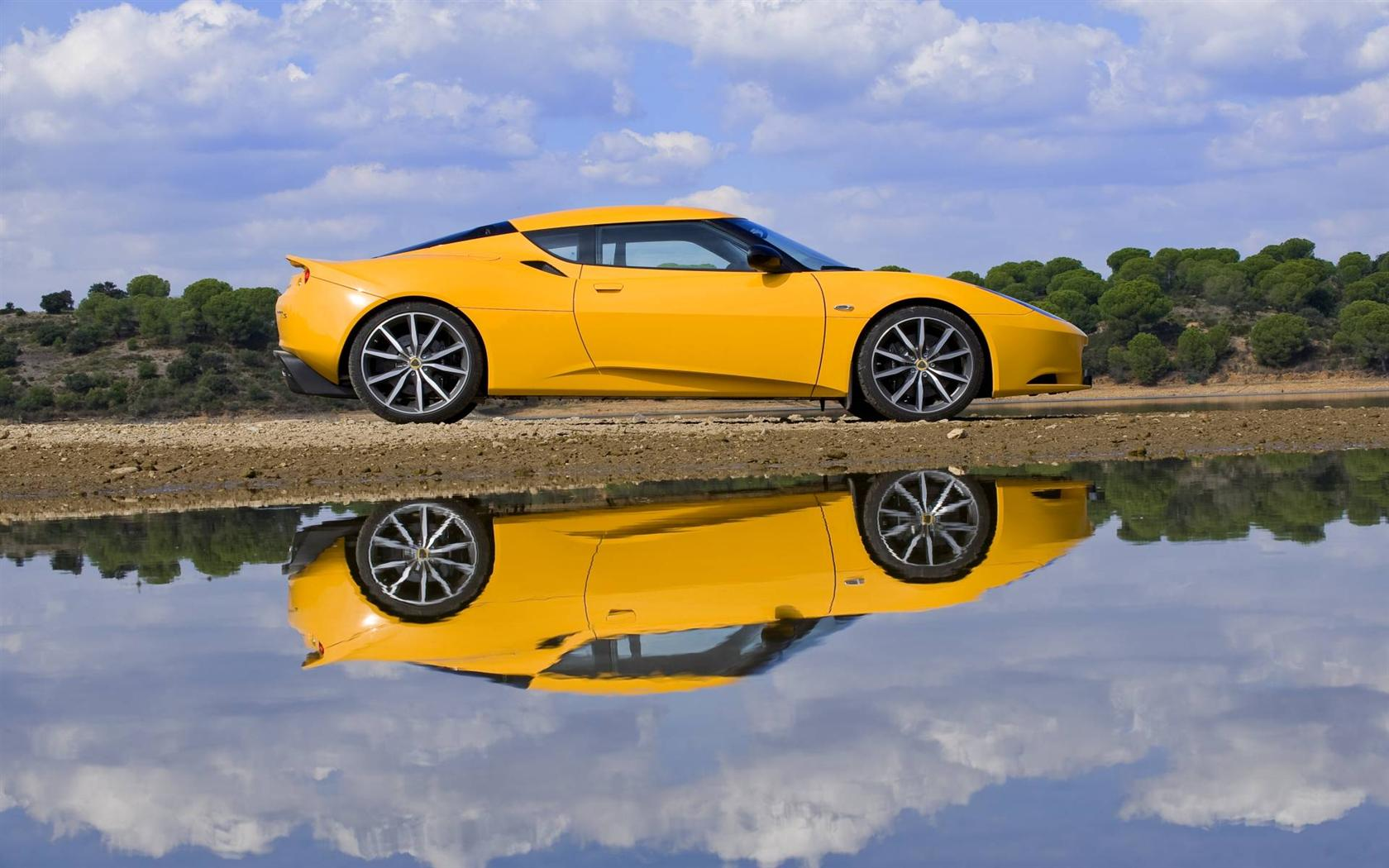 Lotus Evora тротуар  № 3100344  скачать