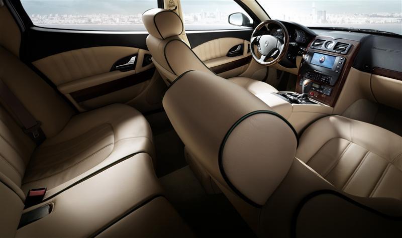 2010 Maserati Quattroporte Image