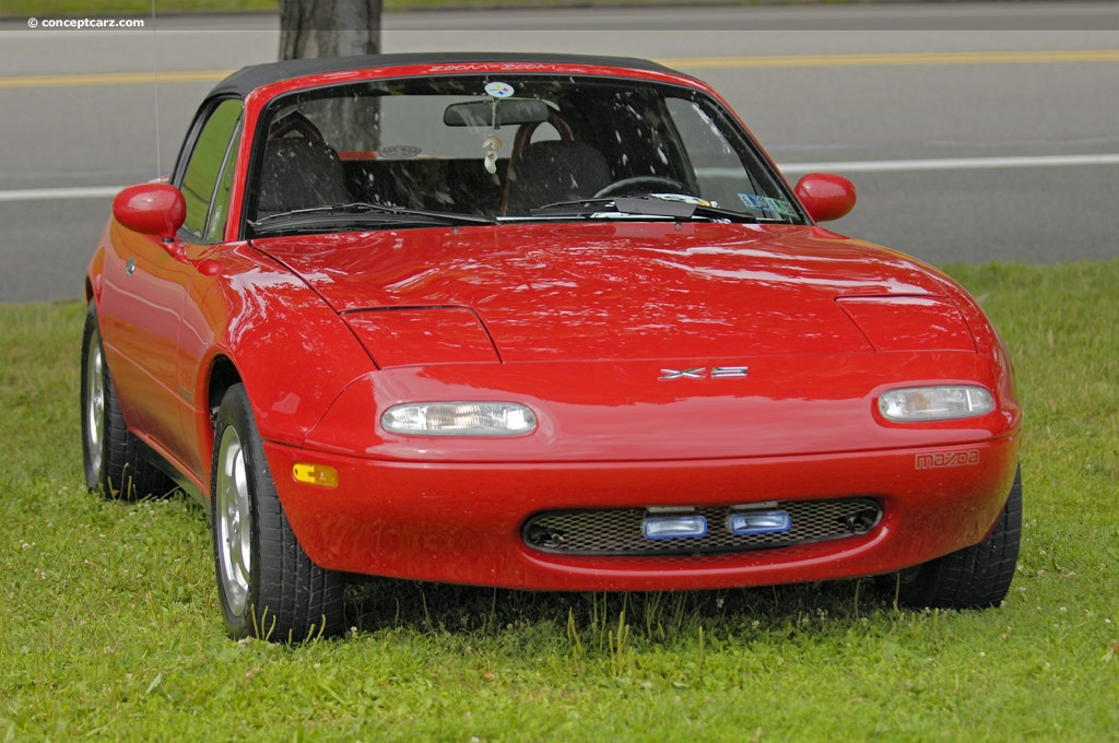 1991 mazda miata pictures history value research news. Black Bedroom Furniture Sets. Home Design Ideas