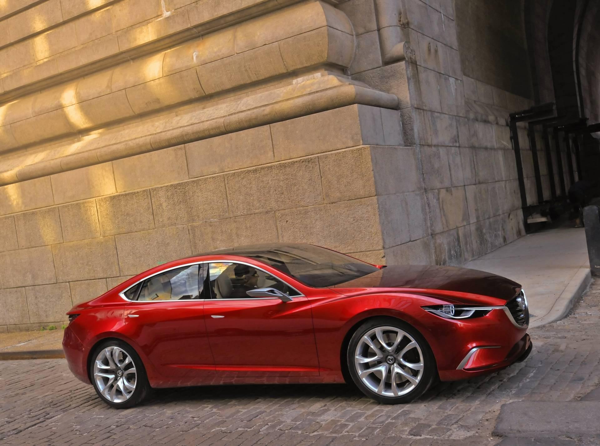 красный спортивный автомобиль mazda 6  № 990276  скачать