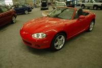 2005 Mazda MX-5 Miata image.
