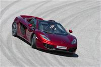 2013 McLaren MP4-12C SPIDER image.