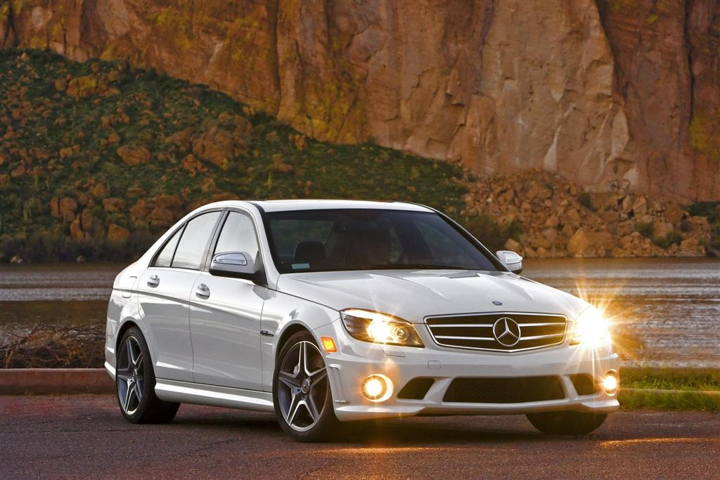 2010 mercedes benz c class photo for Mercedes benz 2010 c class