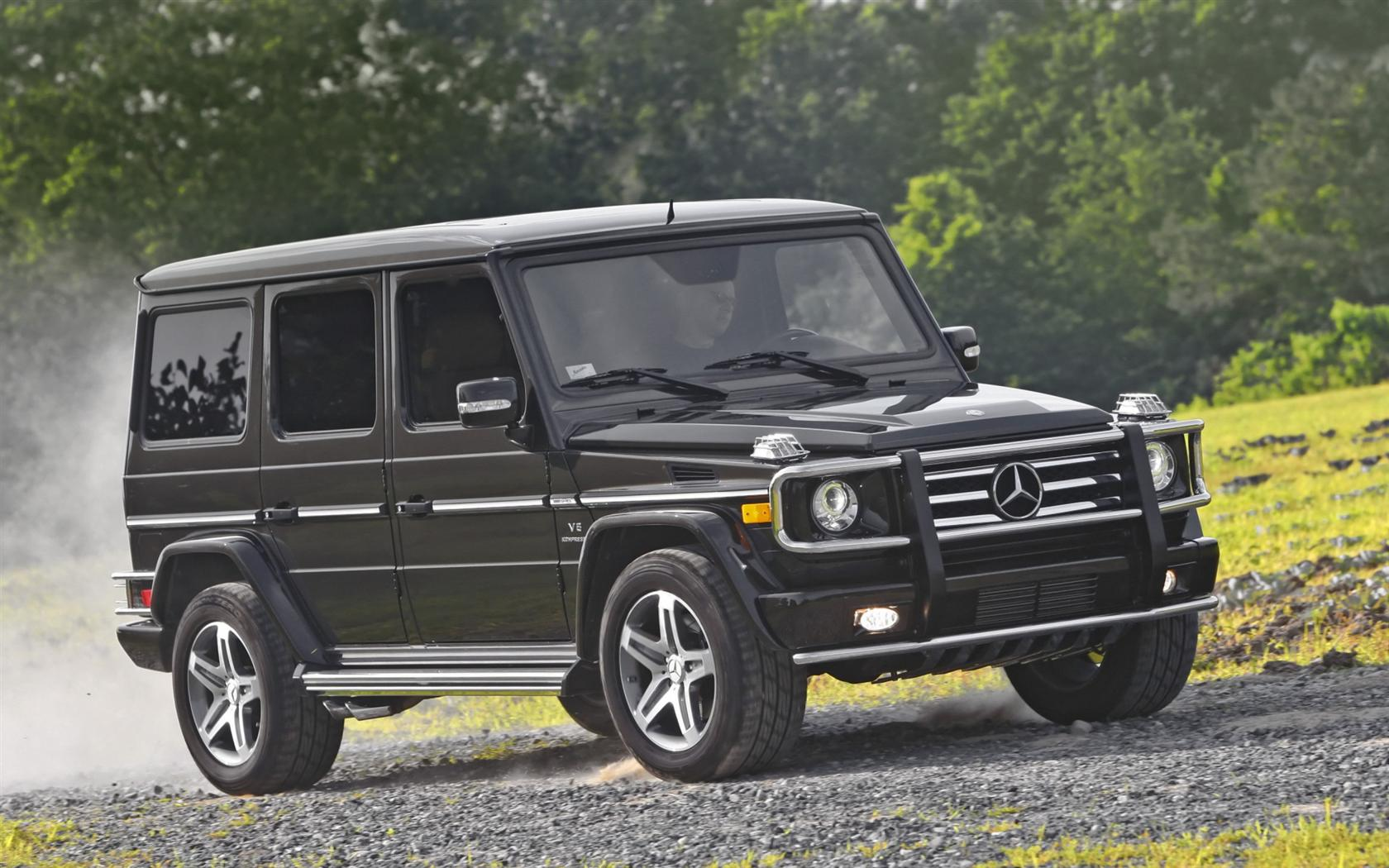 Image gallery 2010 mercedes g500 for Mercedes benz g class used 2003