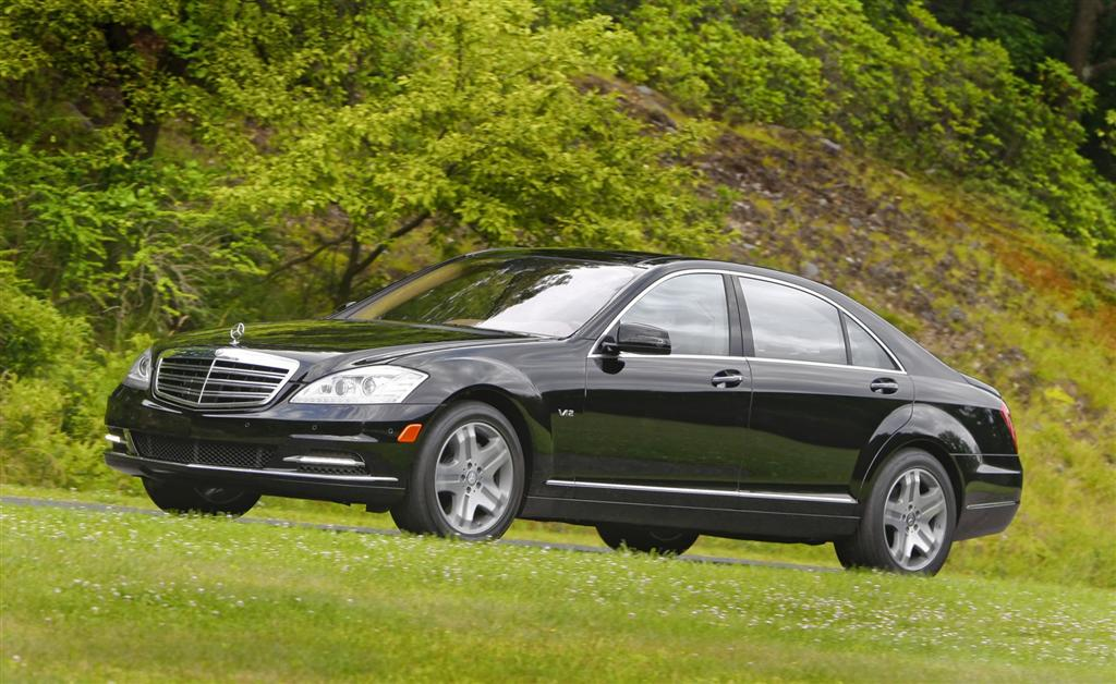 2010 mercedes benz s class for Mercedes benz 2010 s550