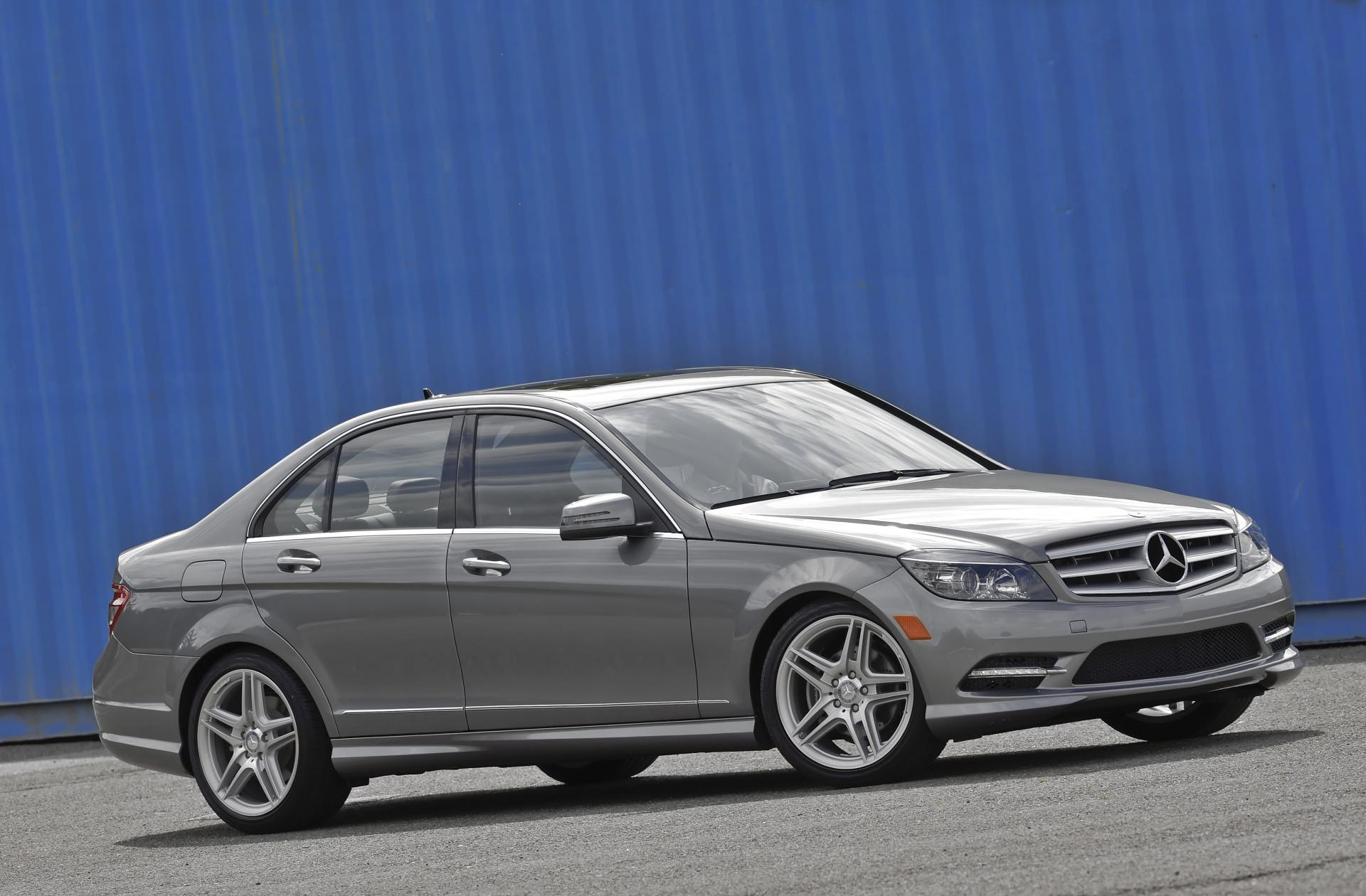 2011 mercedes benz c class for Mercedes benz c classes