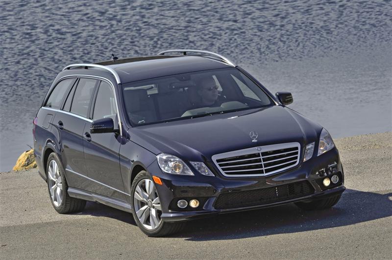2011 mercedes benz e class wagon image