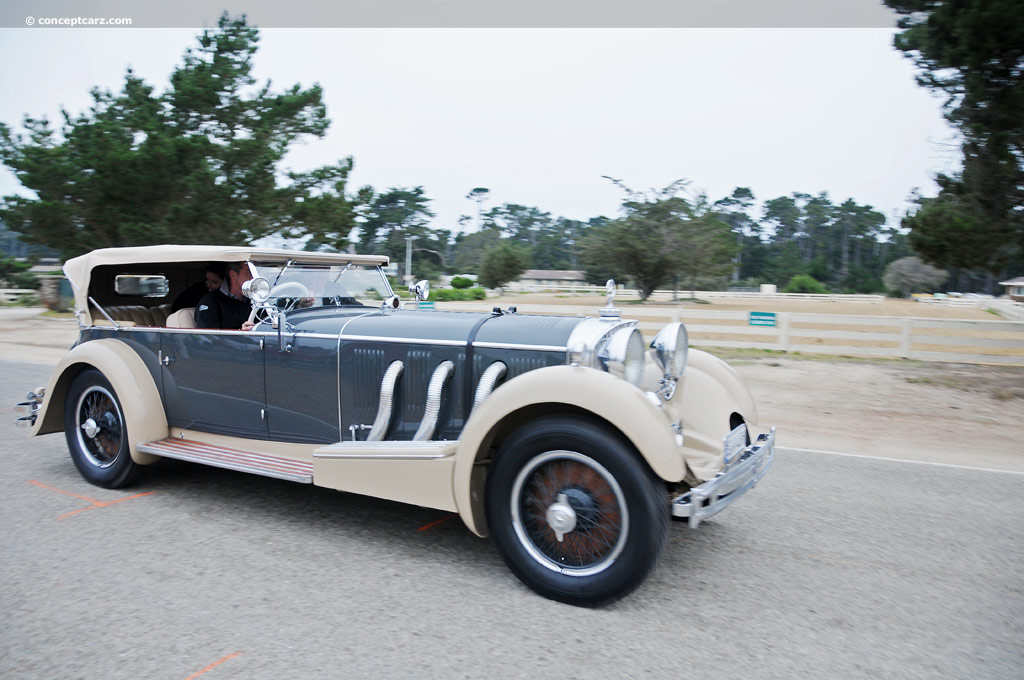 1930 mercedes benz 38 250 ss at the pebble beach concours for Mercedes benz ss