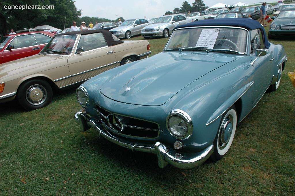 1957 mercedes benz 190 sl at the pvgp car show for Mercedes benz sl 190