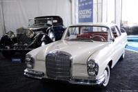 1961 Mercedes-Benz 220 Series image.