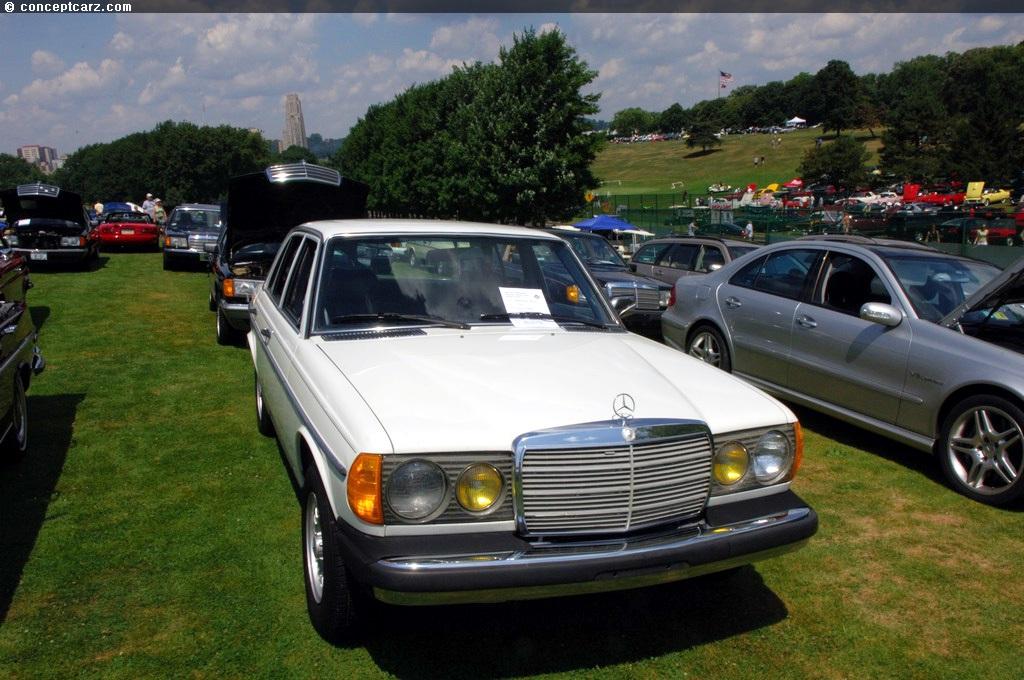 1982 Mercedes Benz 300d Image