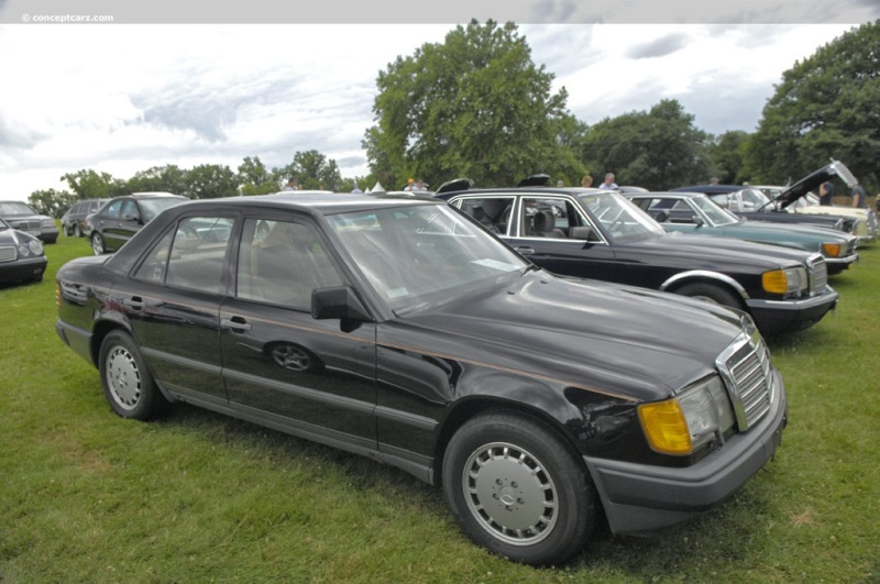 1988 Mercedes-Benz 300 Series pictures and wallpaper