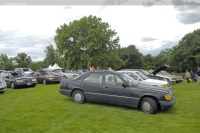 1990 Mercedes-Benz 300 Series image.