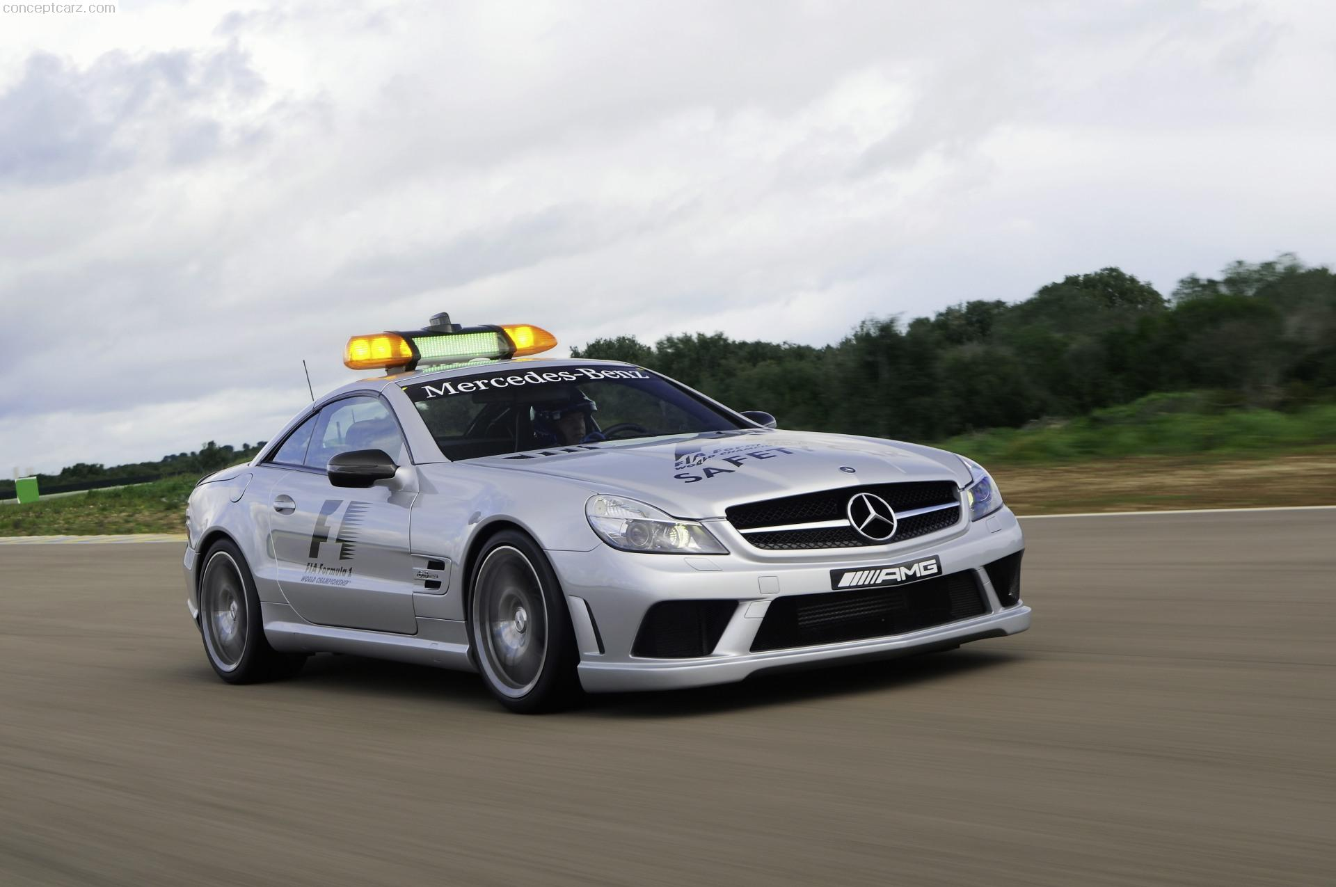 2009 mercedes benz sl 63 amg f1 safety car for Mercedes benz safety