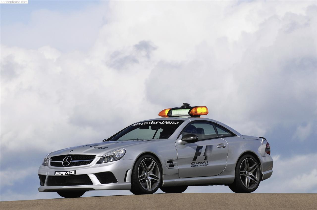 2009 Mercedes-Benz SL 63 AMG F1 Safety Car Image